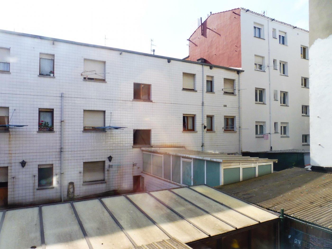 Amplio piso enfrente del centro de salud de perchera en nuevo gijón - imagenInmueble17