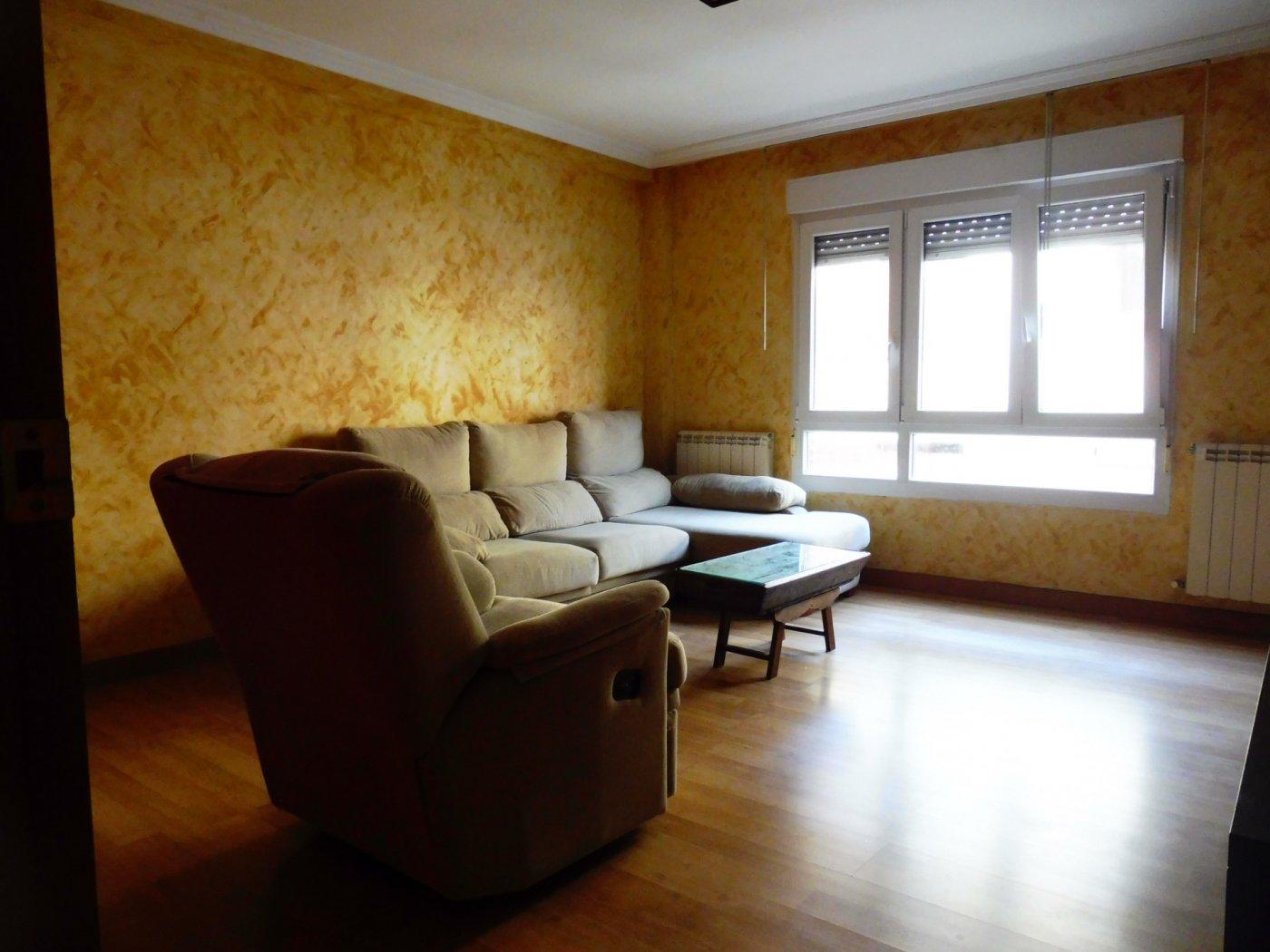 Amplio piso enfrente del centro de salud de perchera en nuevo gijón - imagenInmueble22