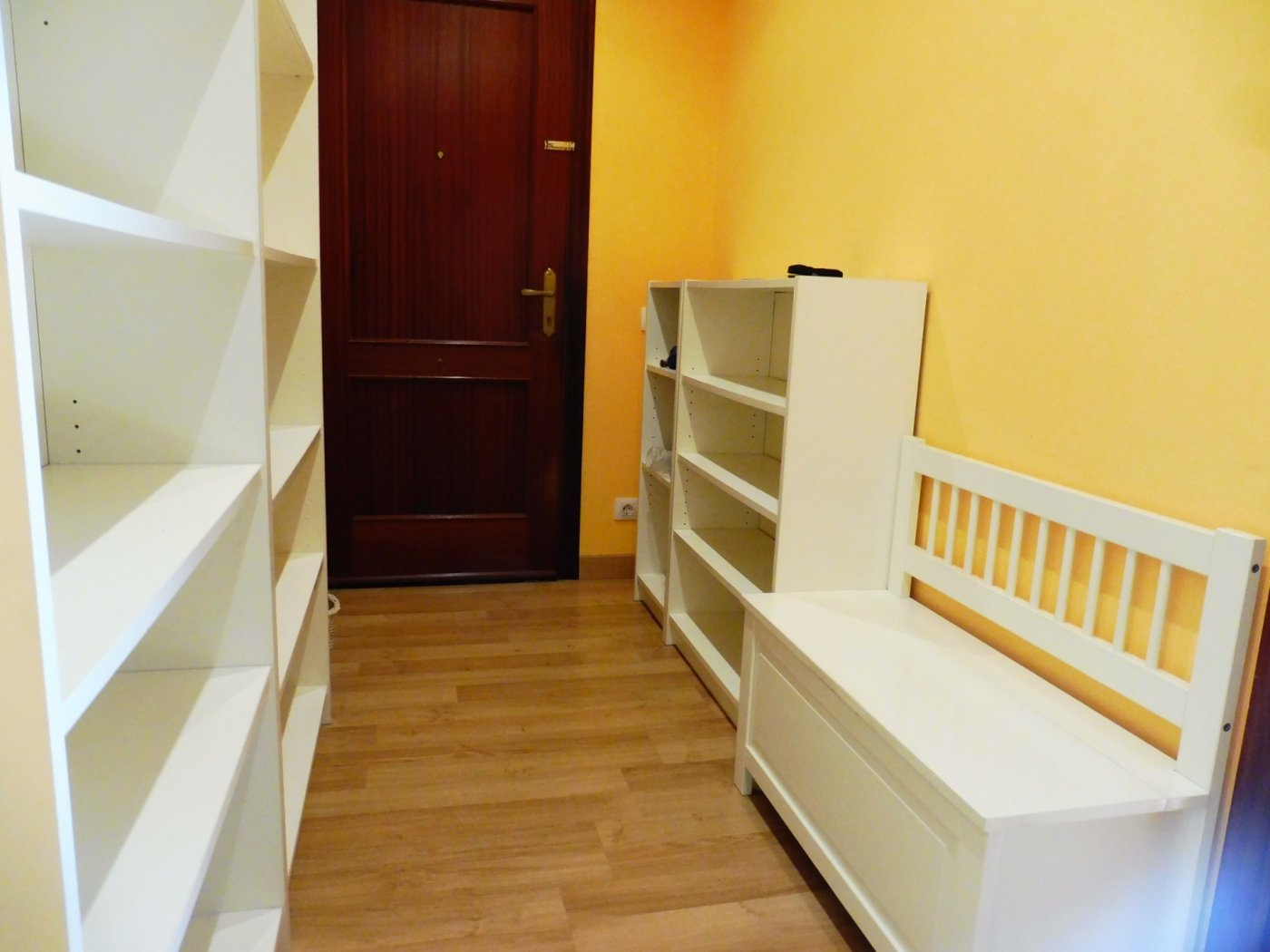 Amplio piso enfrente del centro de salud de perchera en nuevo gijón - imagenInmueble2