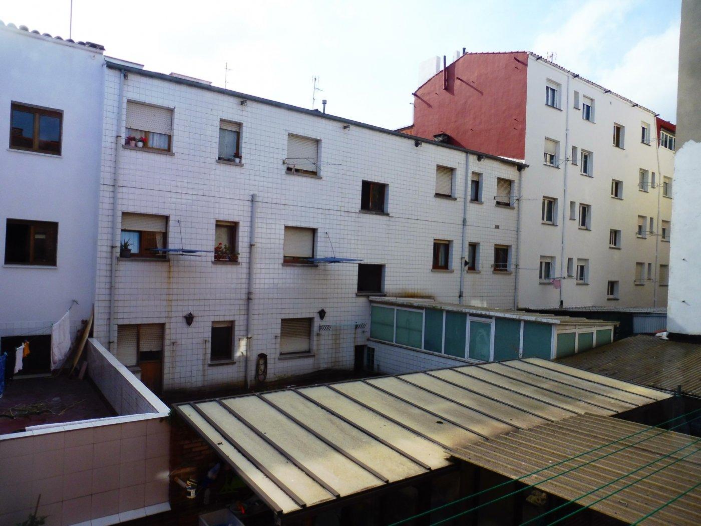 Amplio piso enfrente del centro de salud de perchera en nuevo gijón - imagenInmueble7