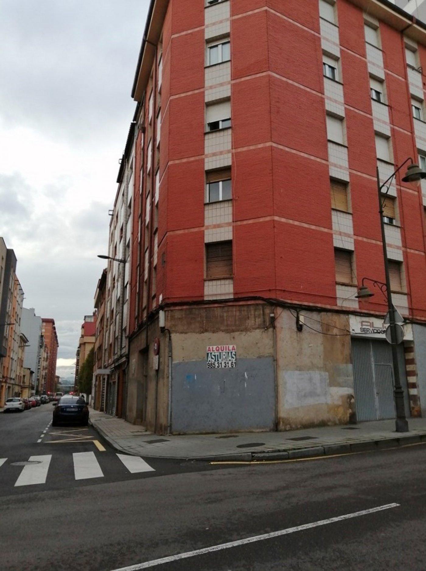 Estupenda esquina en la avenida de galicia - imagenInmueble3