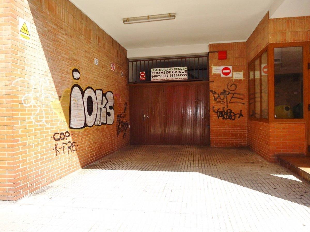 Plazas de garaje en edificio seminuevo en el llano - imagenInmueble0