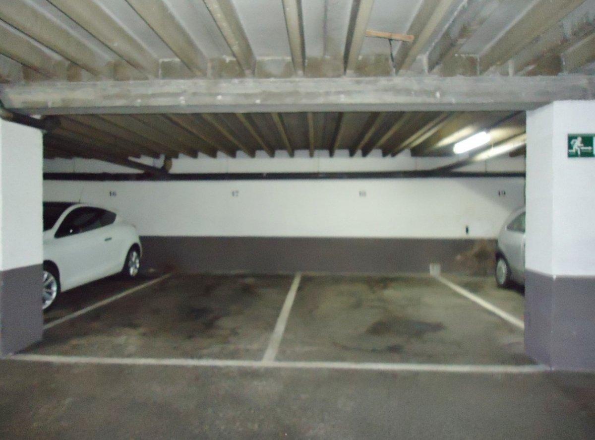 Plazas de garaje en edificio seminuevo en el llano - imagenInmueble10