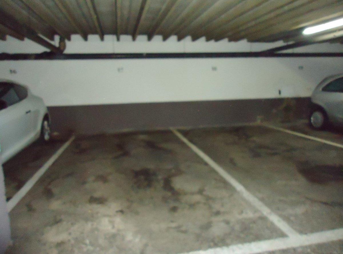 Plazas de garaje en edificio seminuevo en el llano - imagenInmueble11