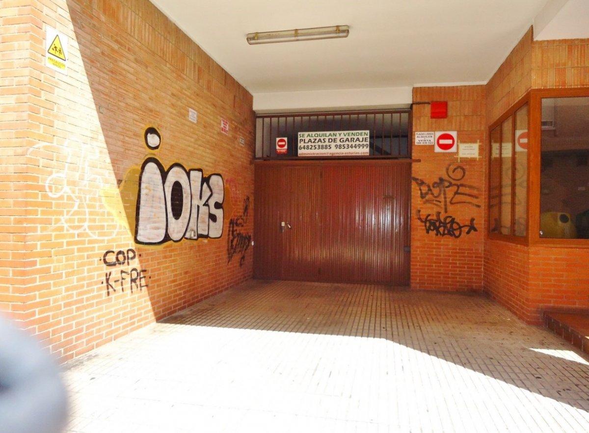 Plazas de garaje en edificio seminuevo en el llano - imagenInmueble1