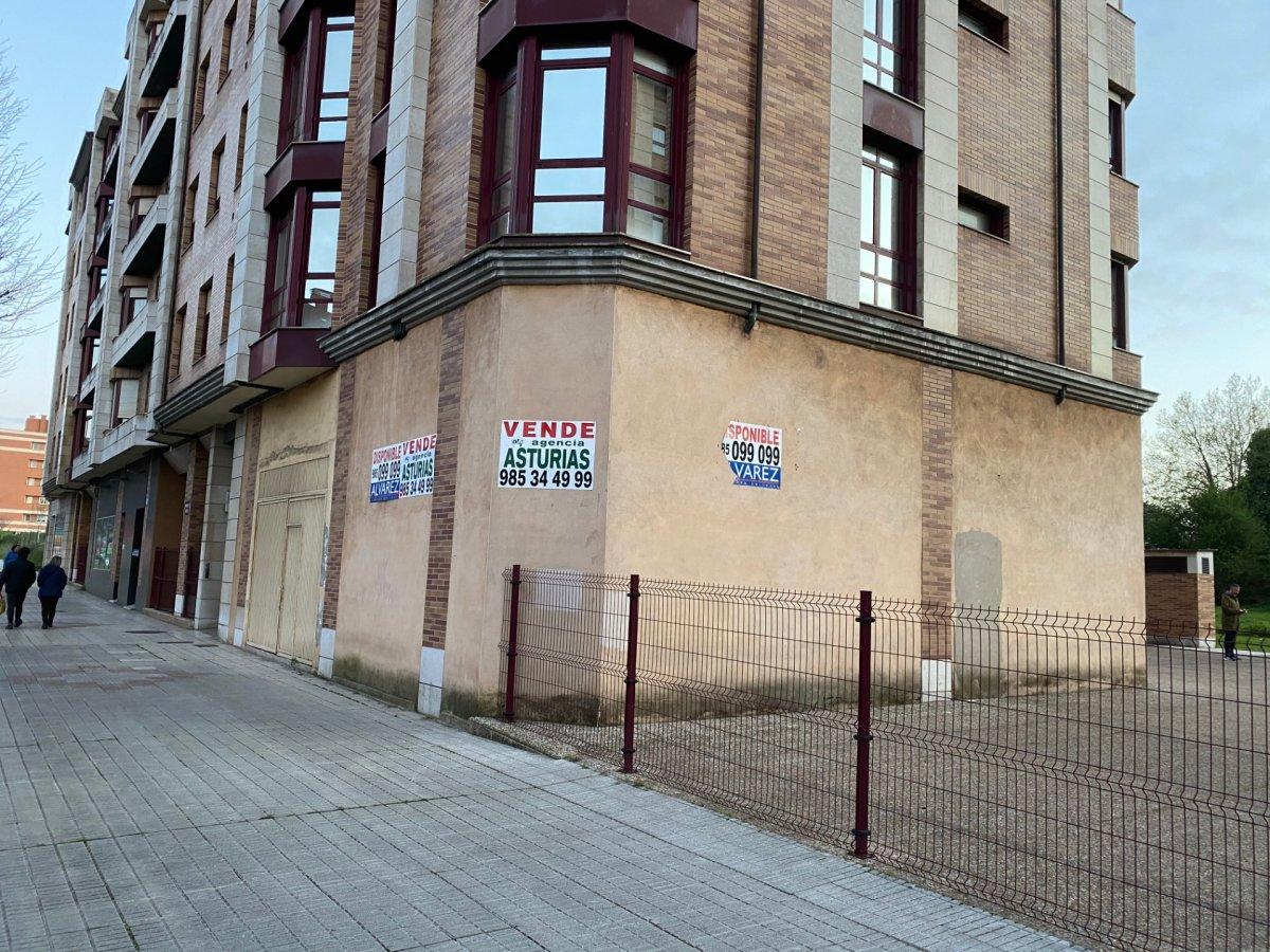 Local comercial en esquina - imagenInmueble2