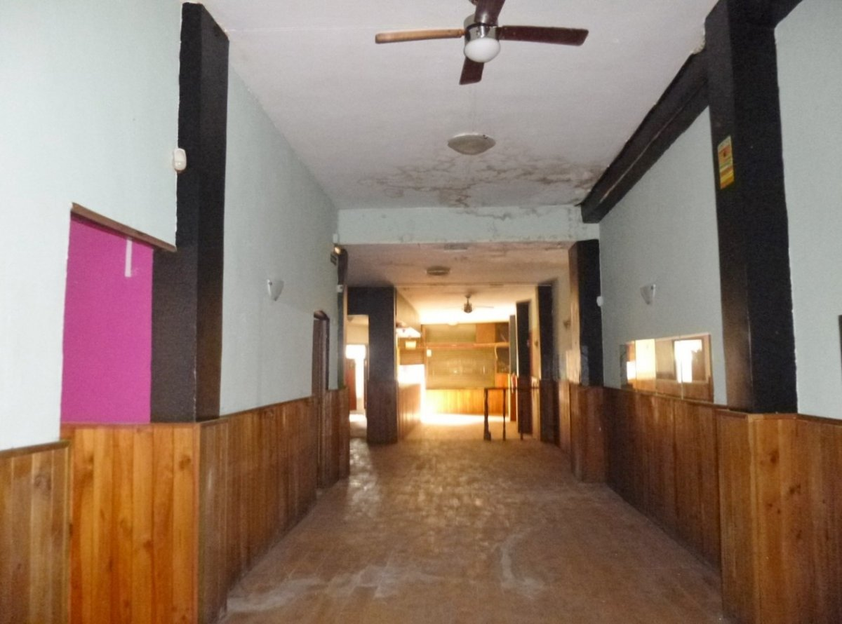 Locales en calle guatemala 9 , instalados. - imagenInmueble11