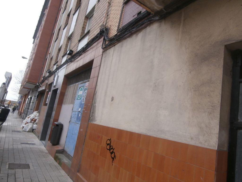 Locales en calle guatemala 9 , instalados. - imagenInmueble2