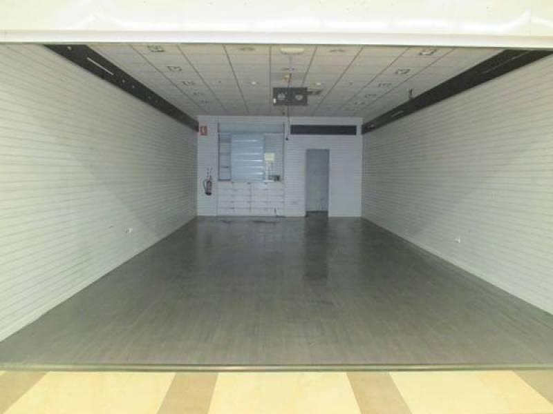 Oportunidad, centro comercial la calzada, precioso local - imagenInmueble1