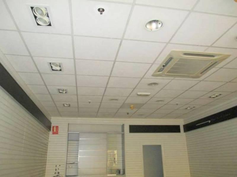 Oportunidad, centro comercial la calzada, precioso local - imagenInmueble2