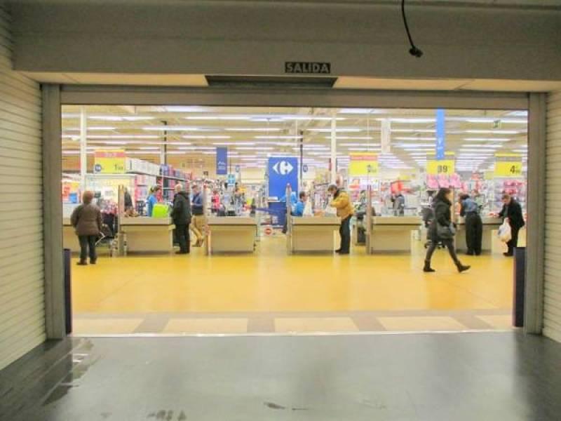 Oportunidad, centro comercial la calzada, precioso local - imagenInmueble3