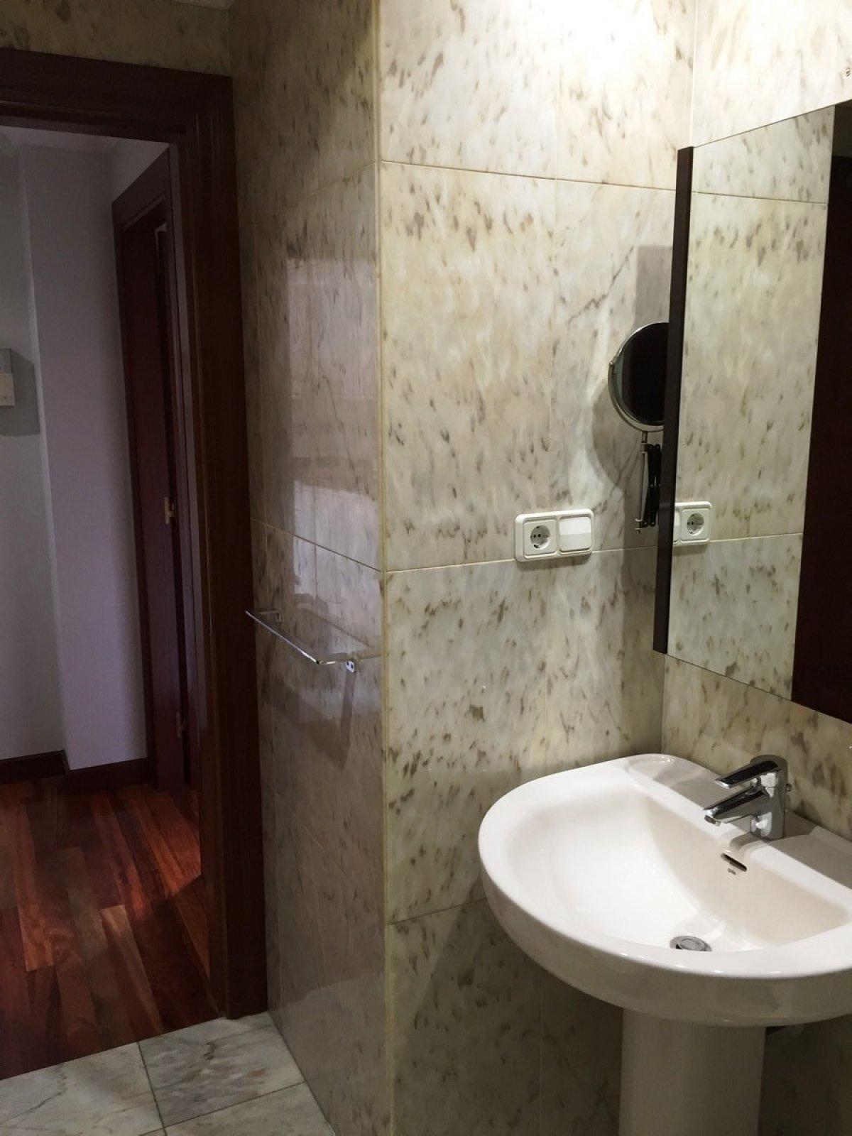Venta de apartamento entre el huca y el campus del milán - imagenInmueble9