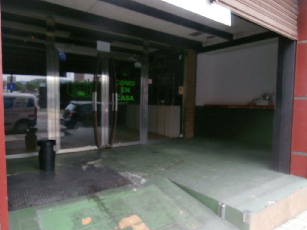 Local comercial en el centro de colloto - imagenInmueble3