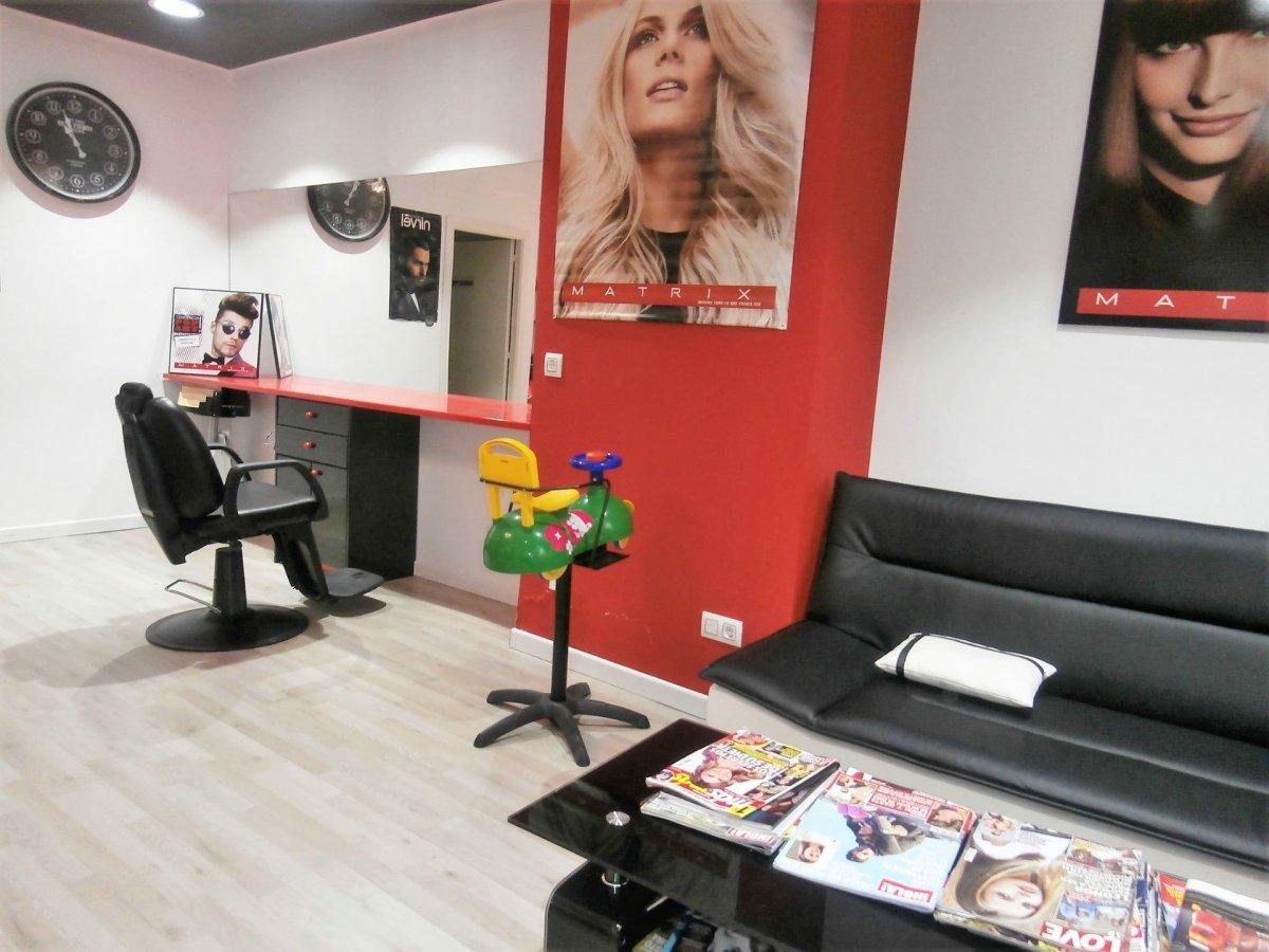Local instalado como peluqueria - imagenInmueble8
