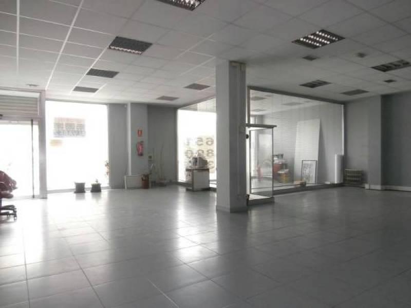 Local en alquiler de 700 m2 - imagenInmueble0
