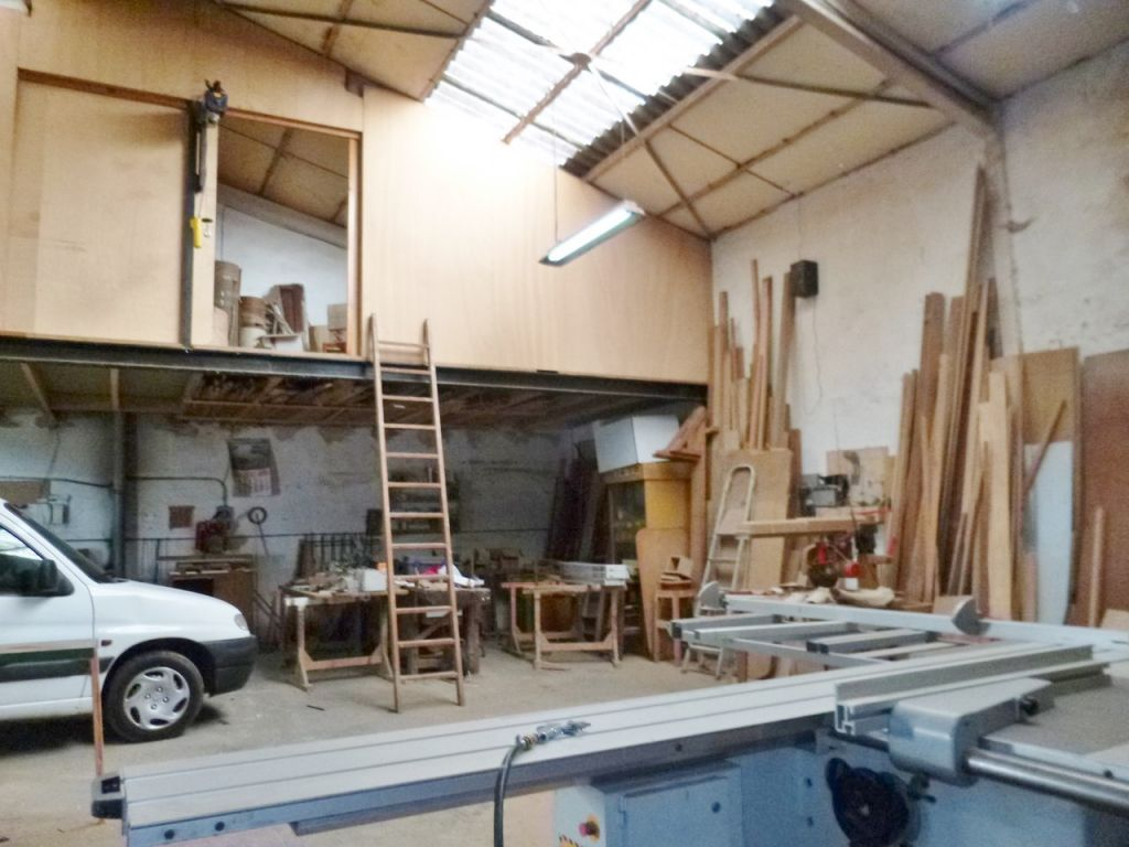 Nave instalada de carpinteria - imagenInmueble16