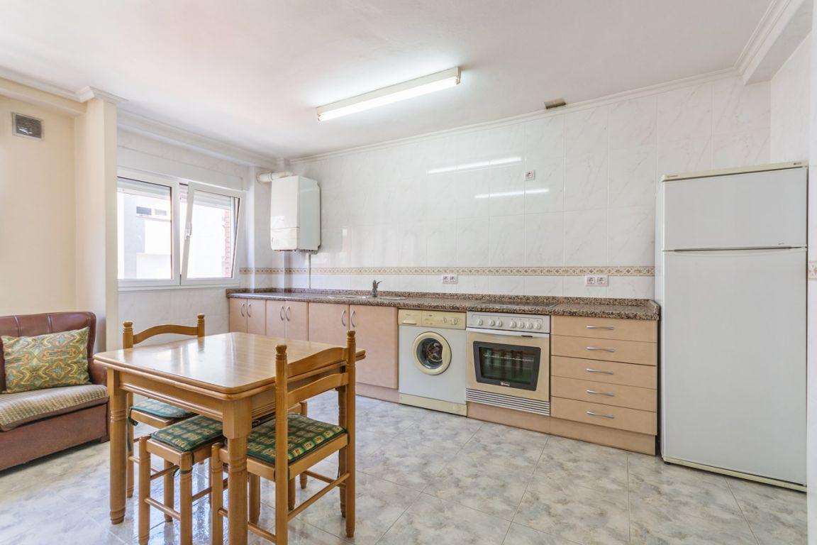 Piso de 3 dormitorios con garaje ideal para independizarte - imagenInmueble4