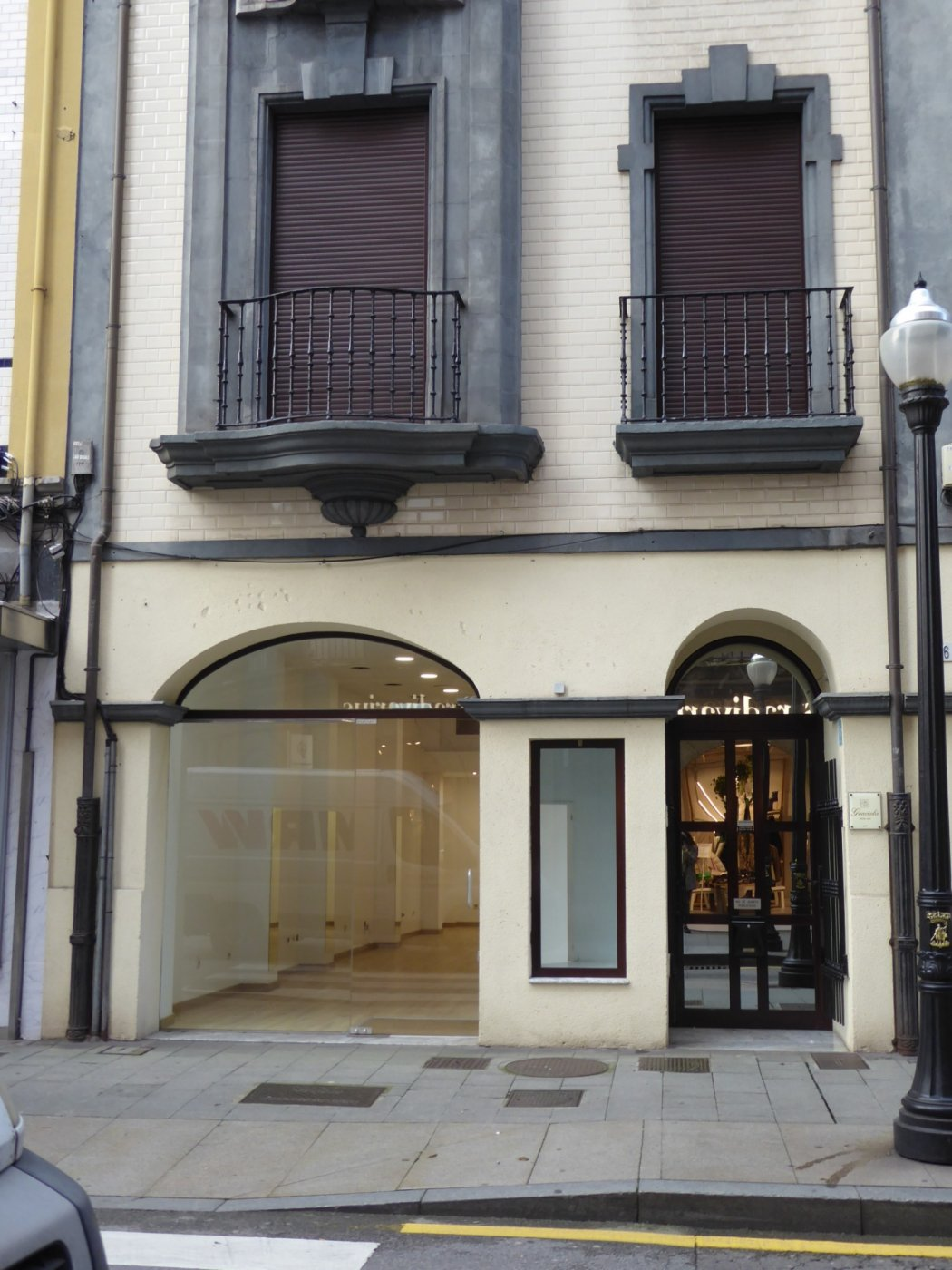 Local muy comercial pleno centro de gijón - imagenInmueble0