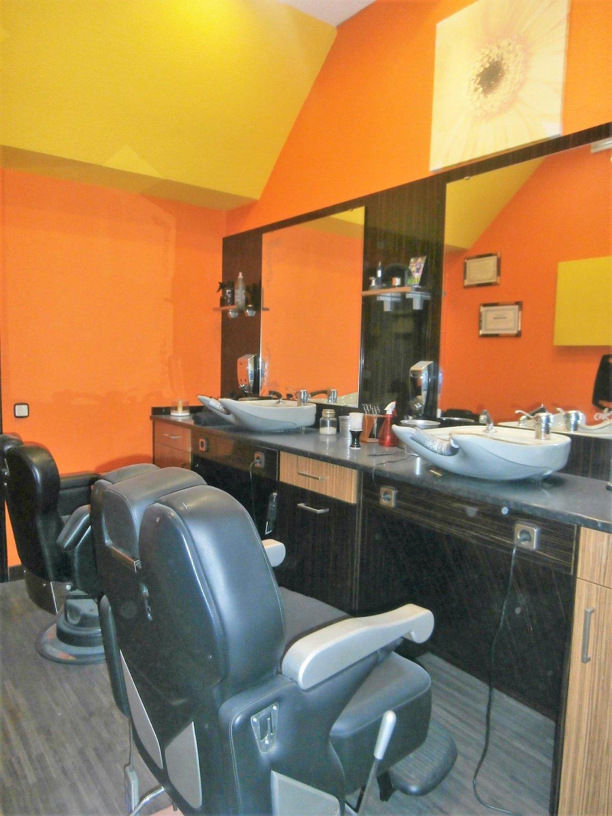 Local instalado como peluqueria - imagenInmueble1