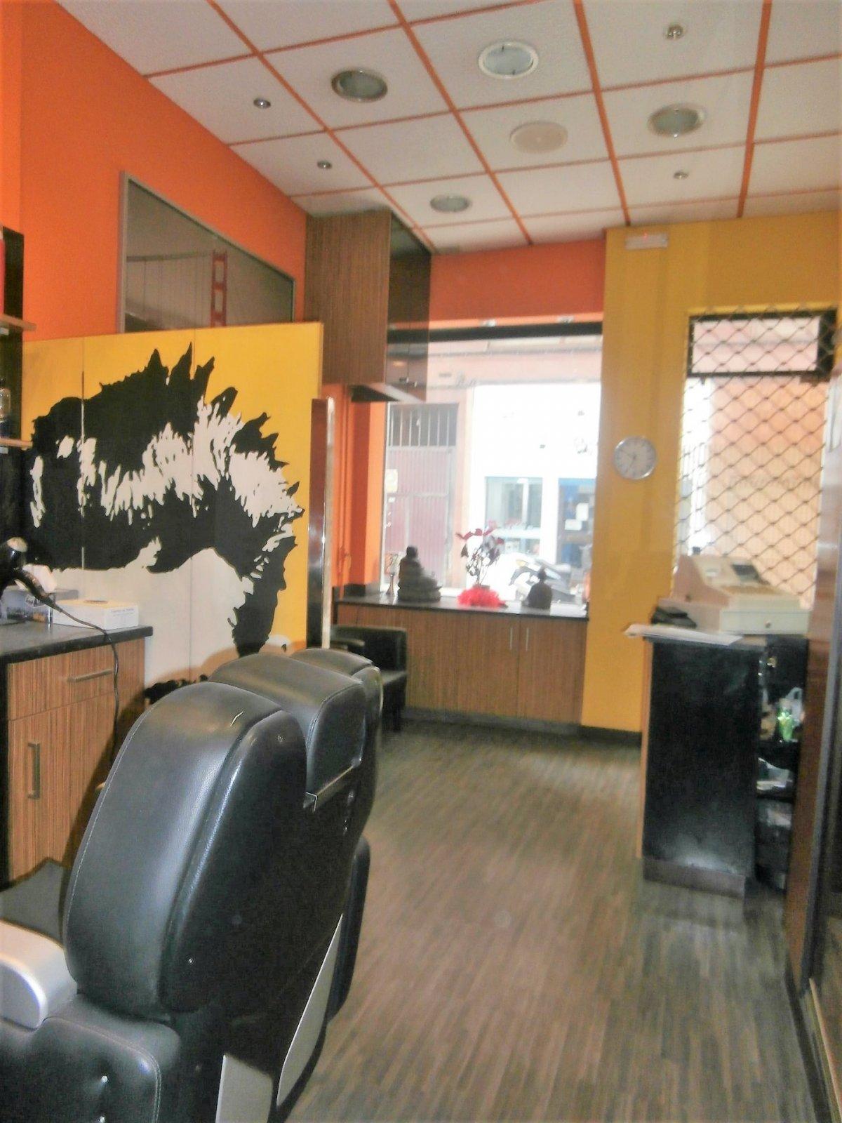 Local instalado como peluqueria - imagenInmueble6