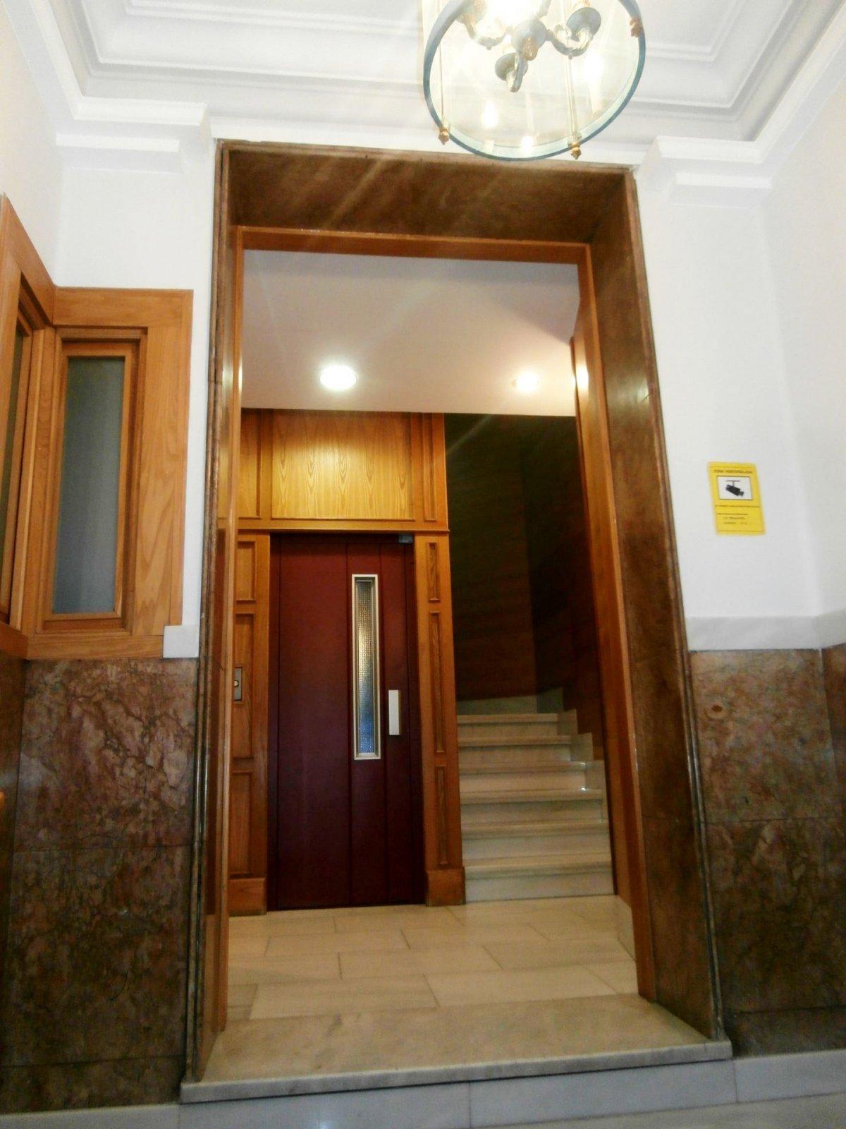 Oficina en perfecto estado en pleno centro de oviedo - imagenInmueble11