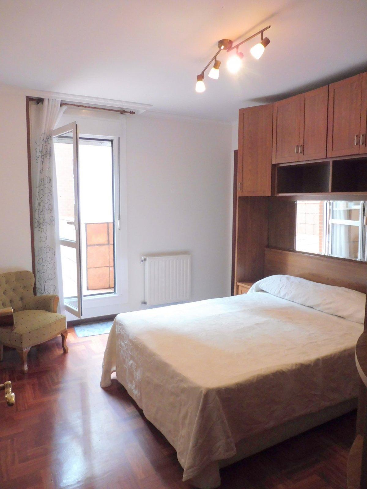 Terraza de 47 m2, piso seminuevo en el centro de la calzada - imagenInmueble11