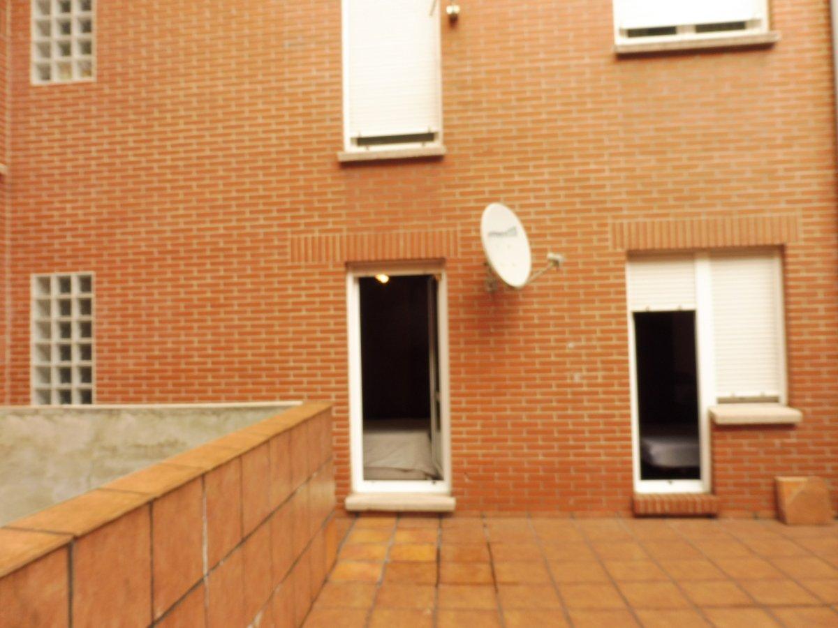 Terraza de 47 m2, piso seminuevo en el centro de la calzada - imagenInmueble15