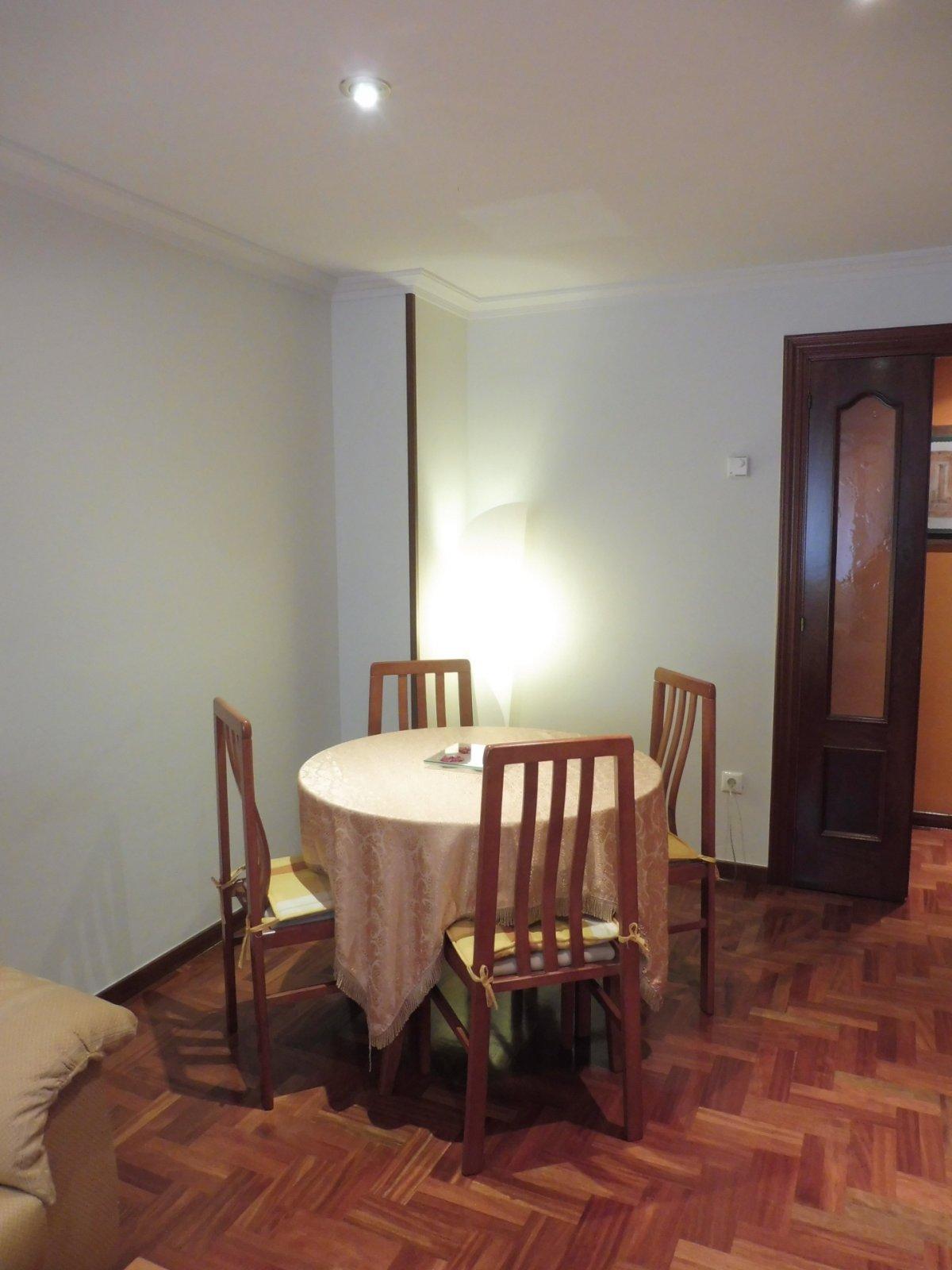 Terraza de 47 m2, piso seminuevo en el centro de la calzada - imagenInmueble2