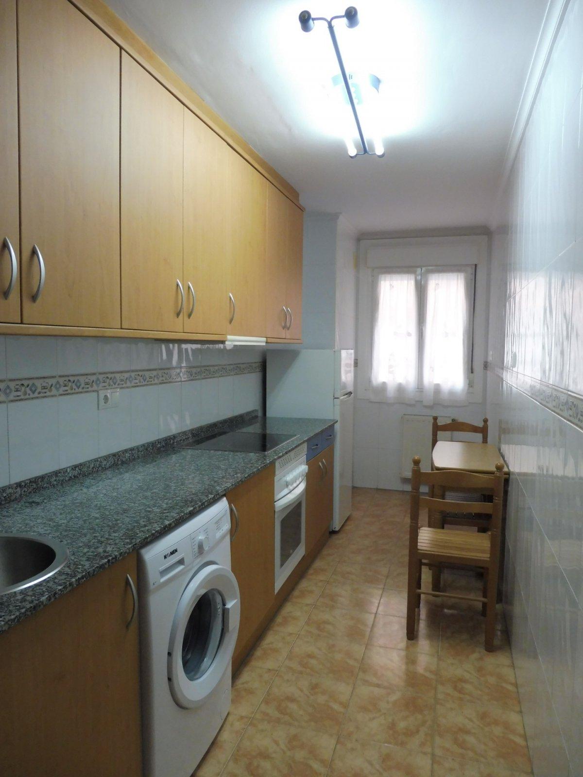 Terraza de 47 m2, piso seminuevo en el centro de la calzada - imagenInmueble3