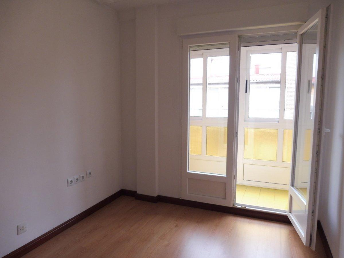 Piso de tres habitaciones en la arena - imagenInmueble2