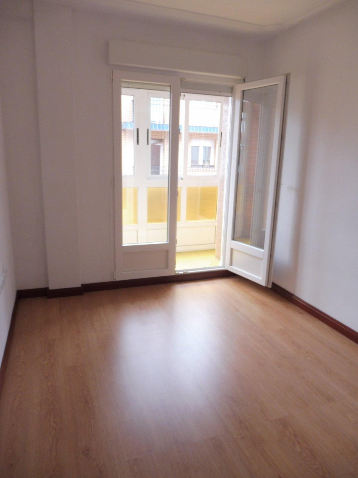 Piso de tres habitaciones en la arena - imagenInmueble3