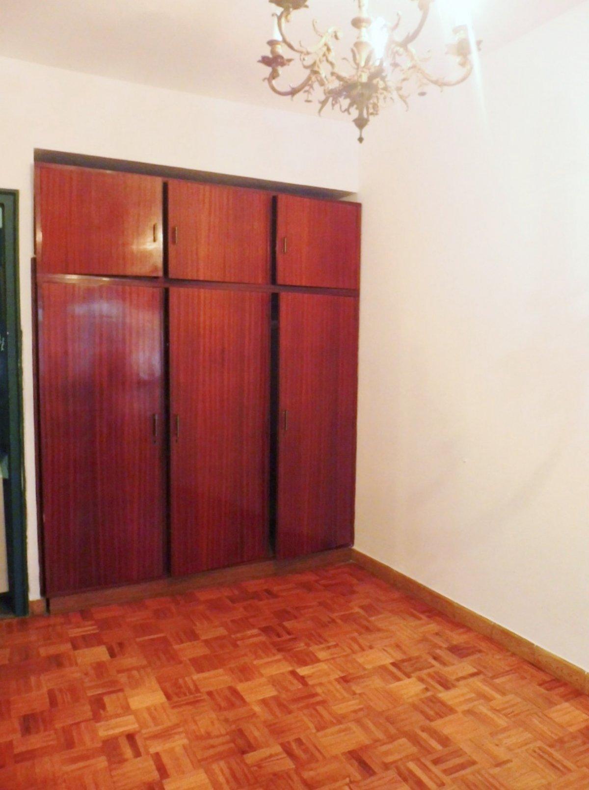 En el centro de la calzada, piso con terraza cerrada - imagenInmueble11