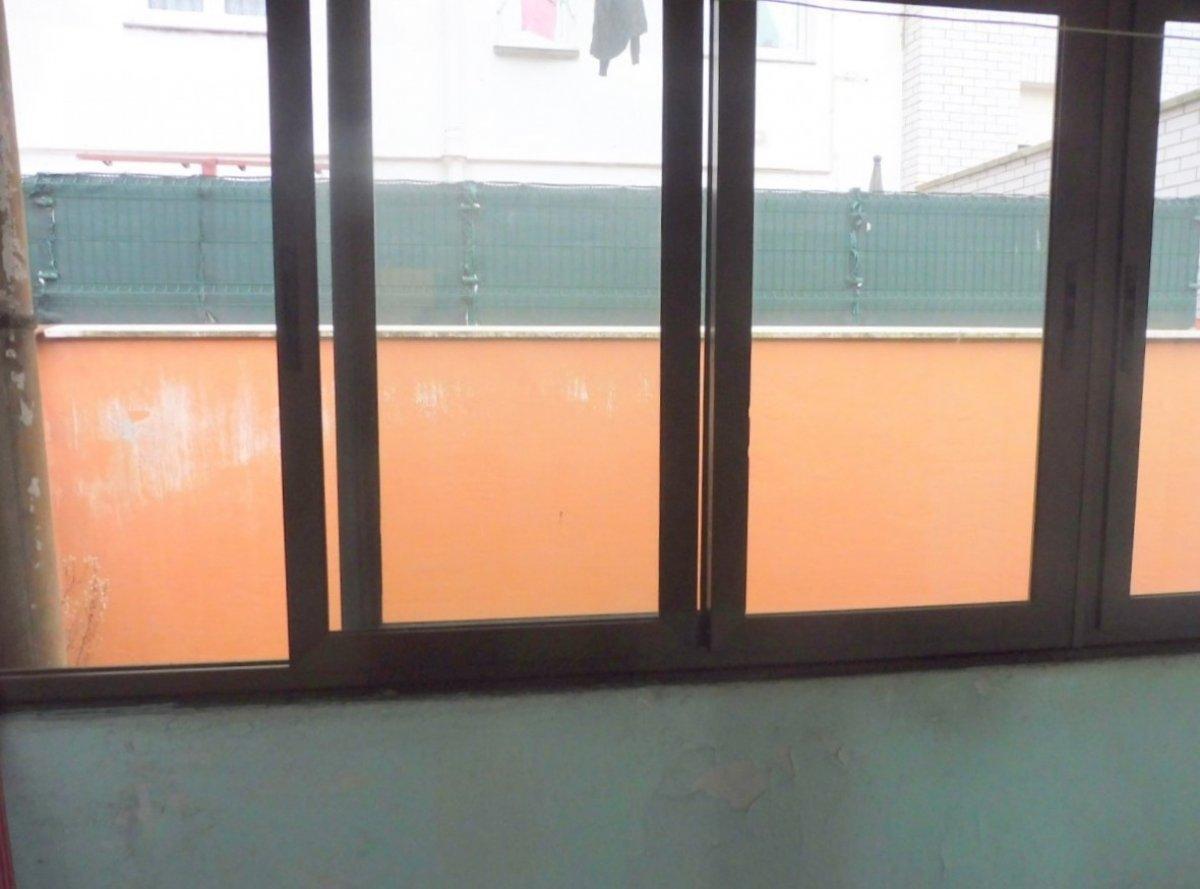 En el centro de la calzada, piso con terraza cerrada - imagenInmueble7