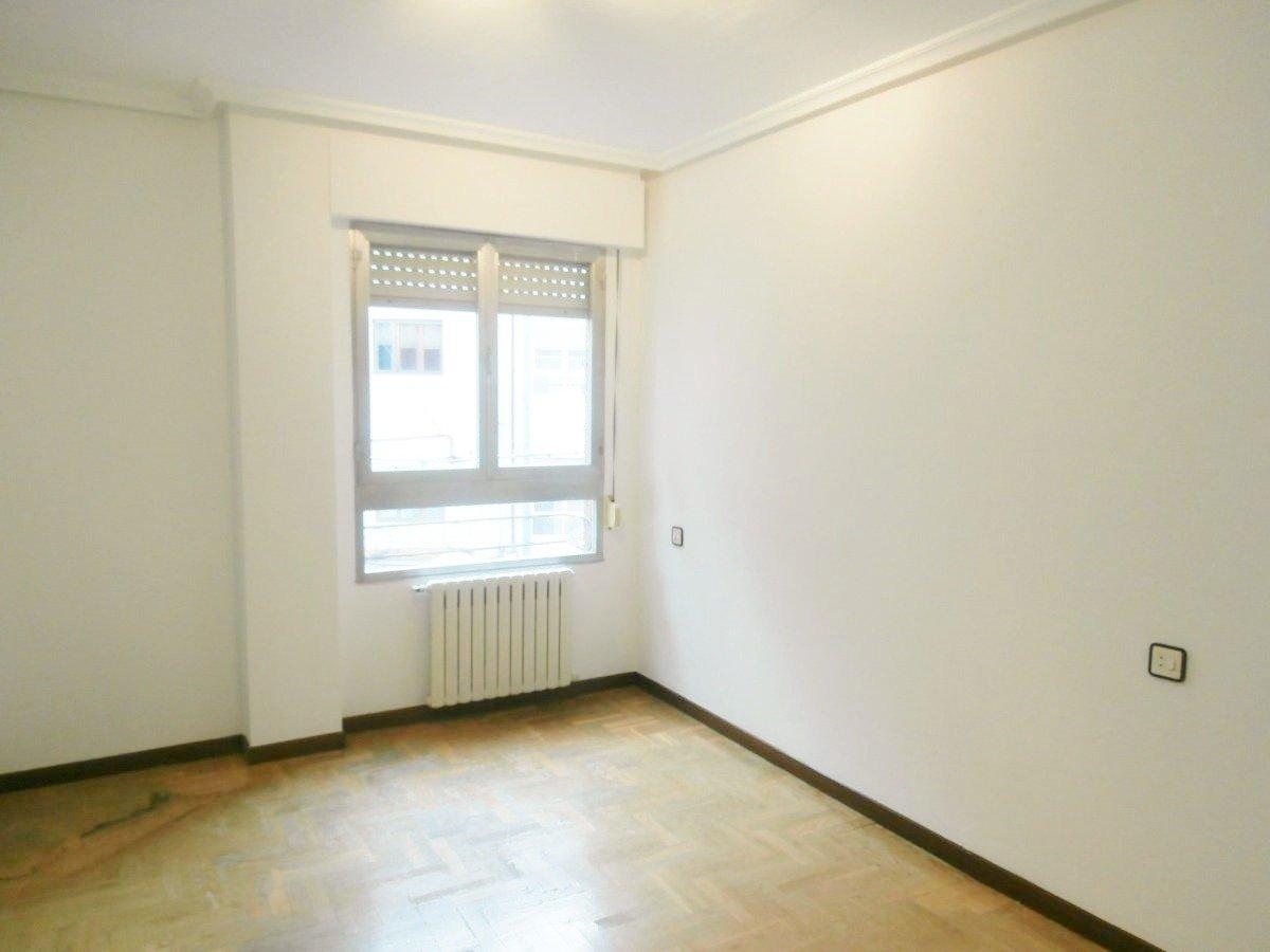 Venta de piso de 3 dormitorios en el centro de oviedo - imagenInmueble13