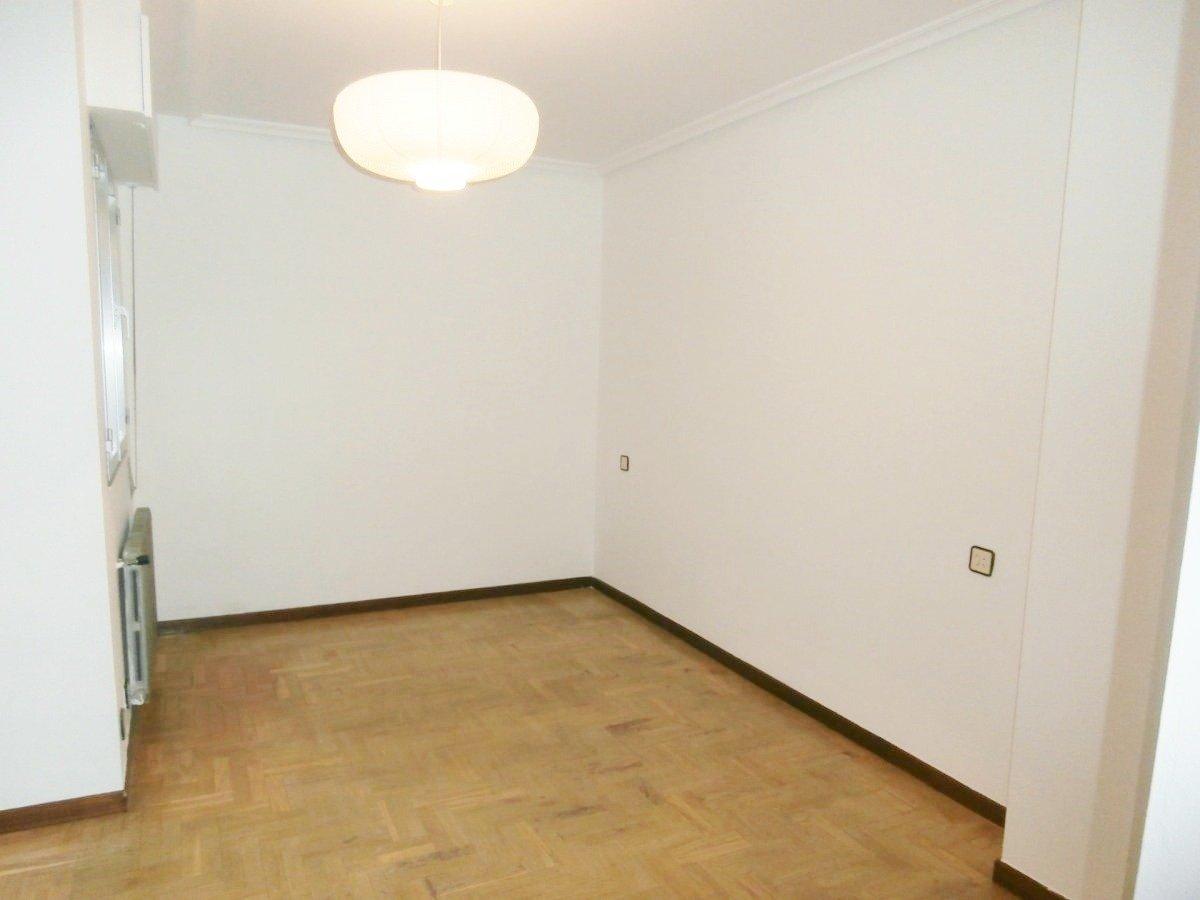 Venta de piso de 3 dormitorios en el centro de oviedo - imagenInmueble15
