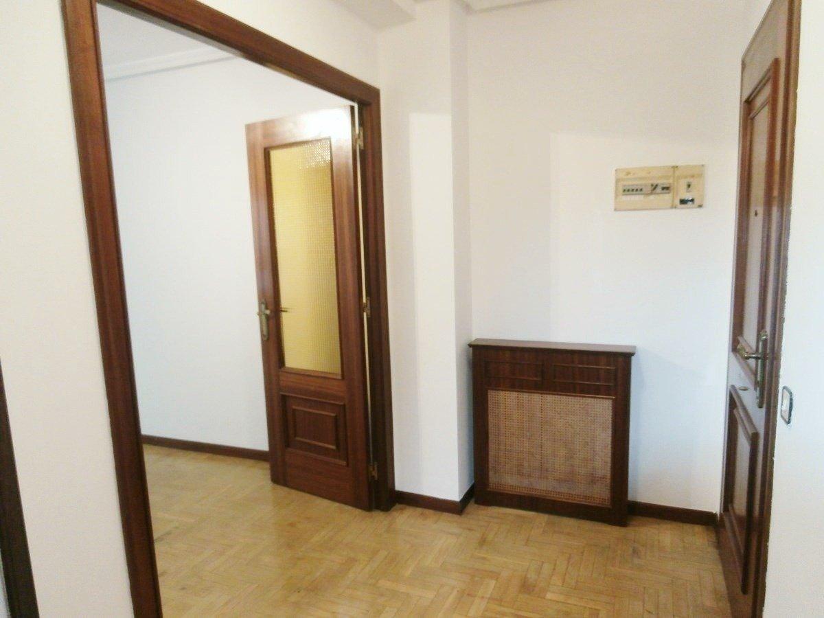 Venta de piso de 3 dormitorios en el centro de oviedo - imagenInmueble3