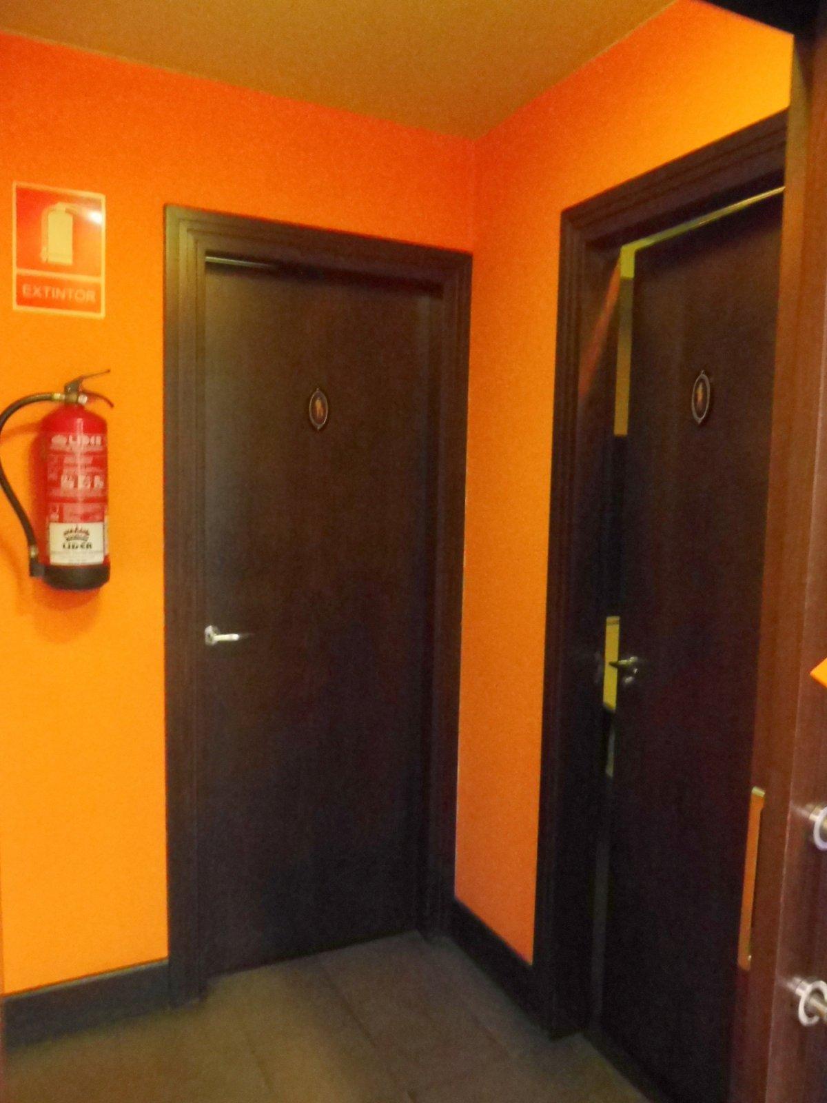 Cafetería totalmente instalada en el centro de  la calzada - imagenInmueble10