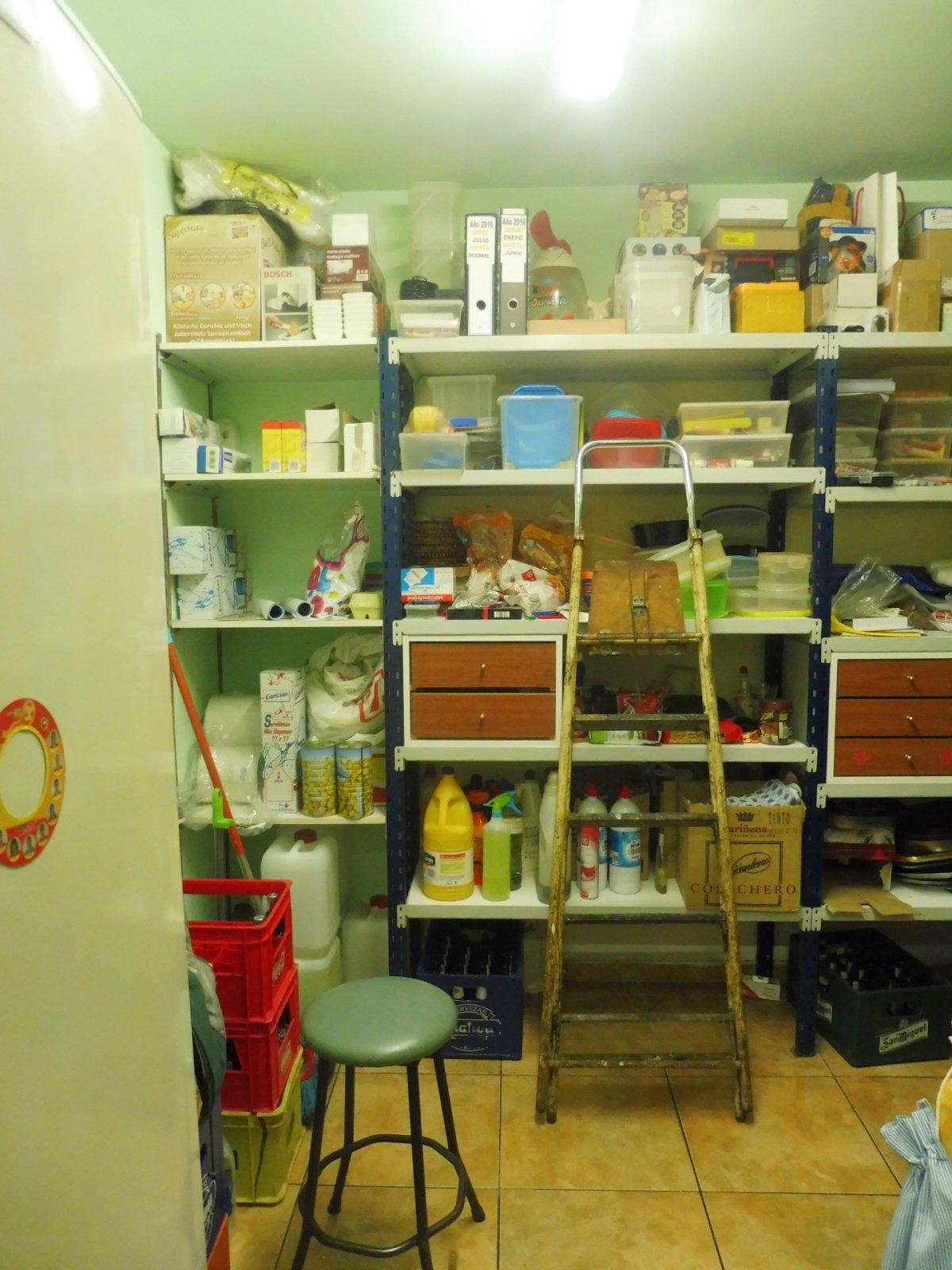 Cafetería totalmente instalada en el centro de  la calzada - imagenInmueble11