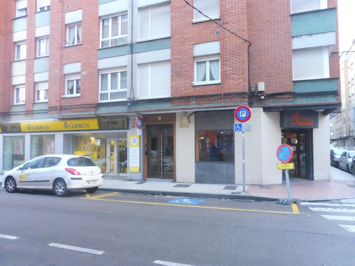 Cafetería totalmente instalada en el centro de  la calzada - imagenInmueble12