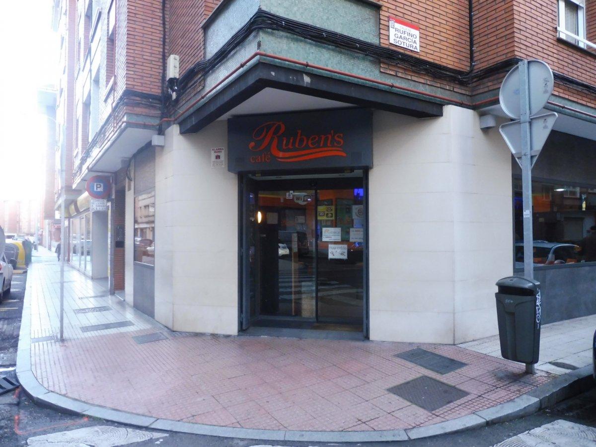 Cafetería totalmente instalada en el centro de  la calzada - imagenInmueble13