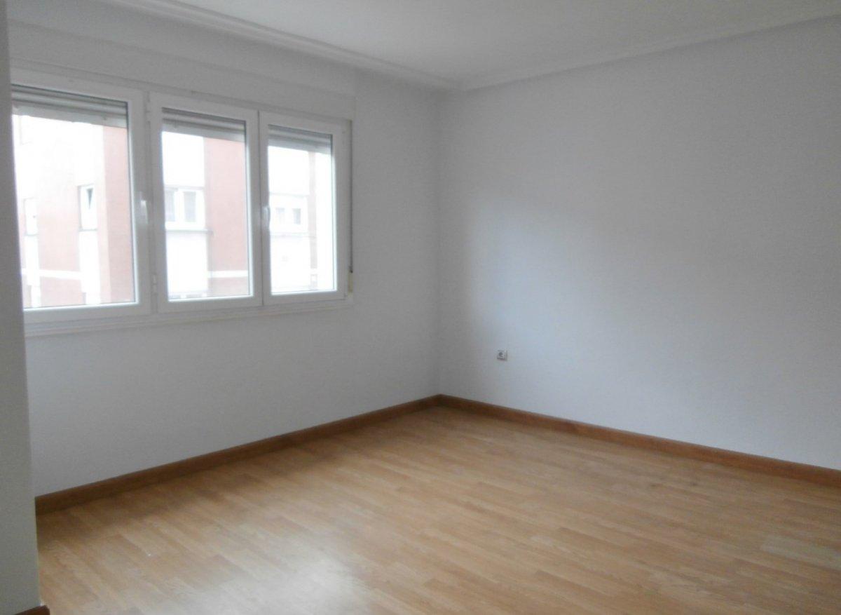 Estupendo piso en pumarin, sin derramas pendientes. - imagenInmueble0