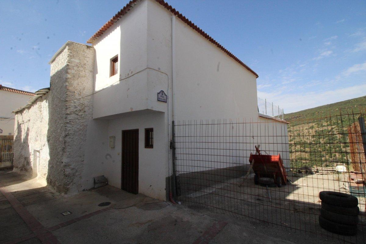 casa en bayarcal · bayarcal 69000€