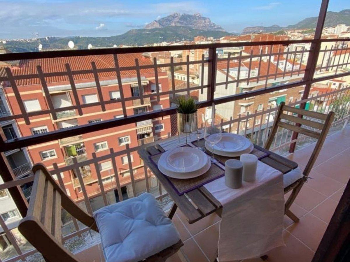 Piso de 3 habitaciones en Olesa de Montserrat (Barcelona)