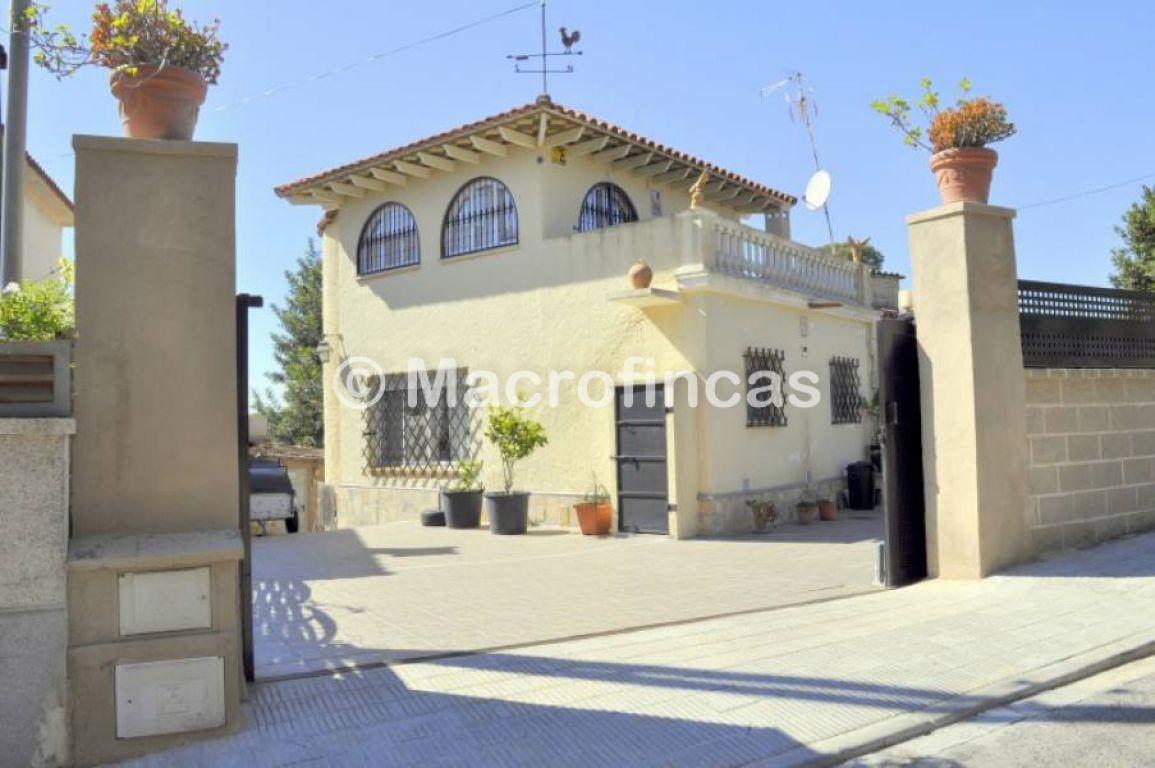 casa en cubelles · la-solana 278379.31034483€