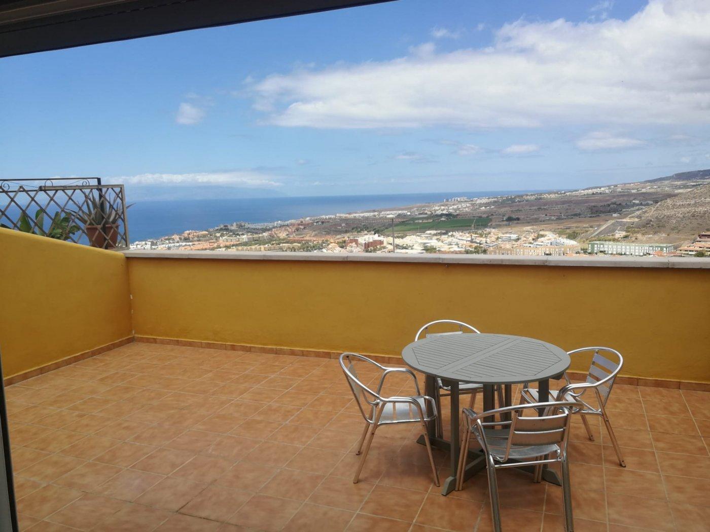Flat for sale in Roque del Conde, Adeje