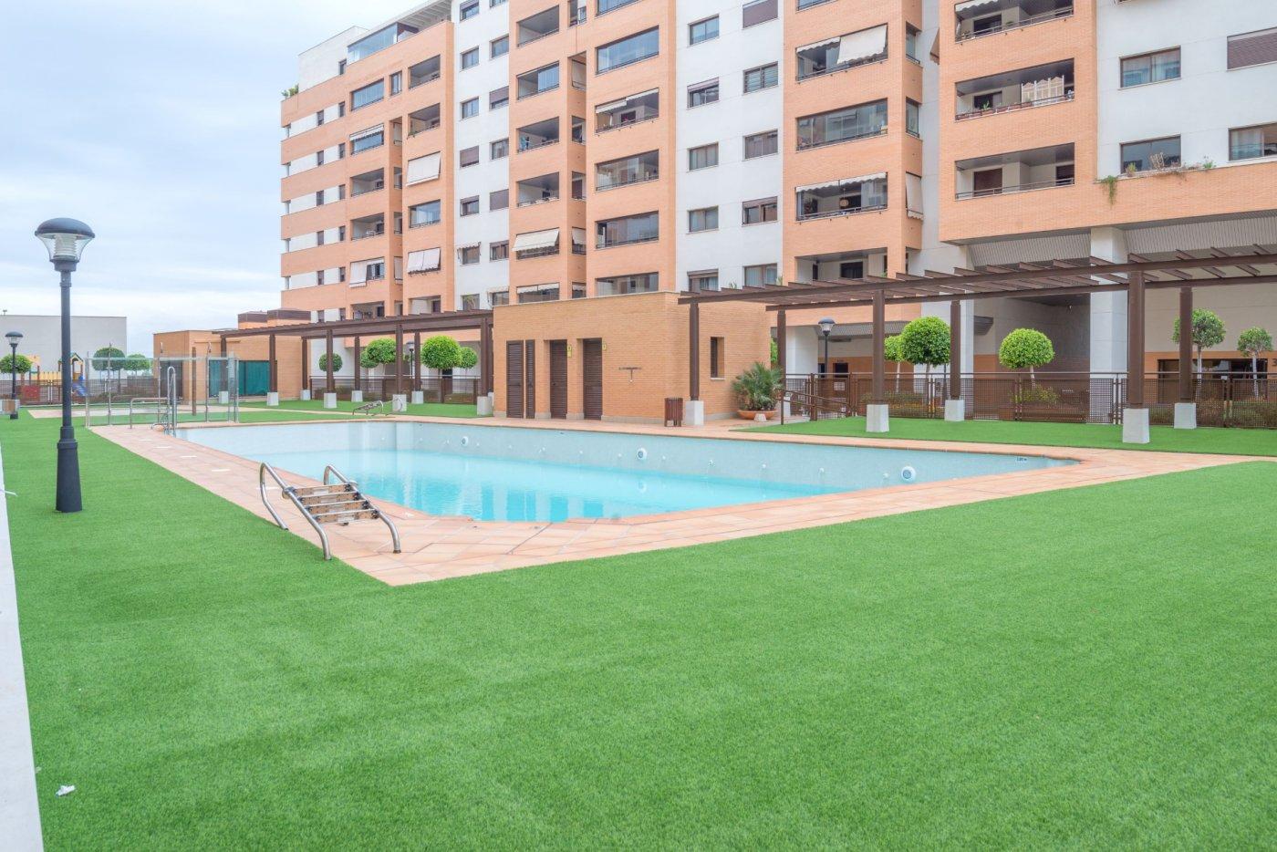 appartement en malaga · teatinos 265000€