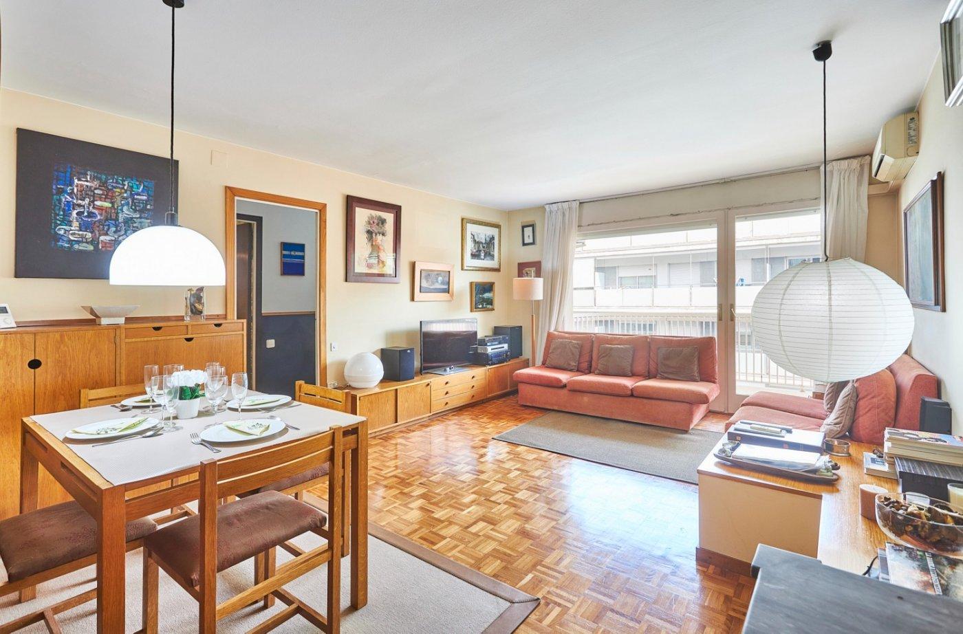 flat en barcelona · la-nova-esquerra-de-leixample 415000€