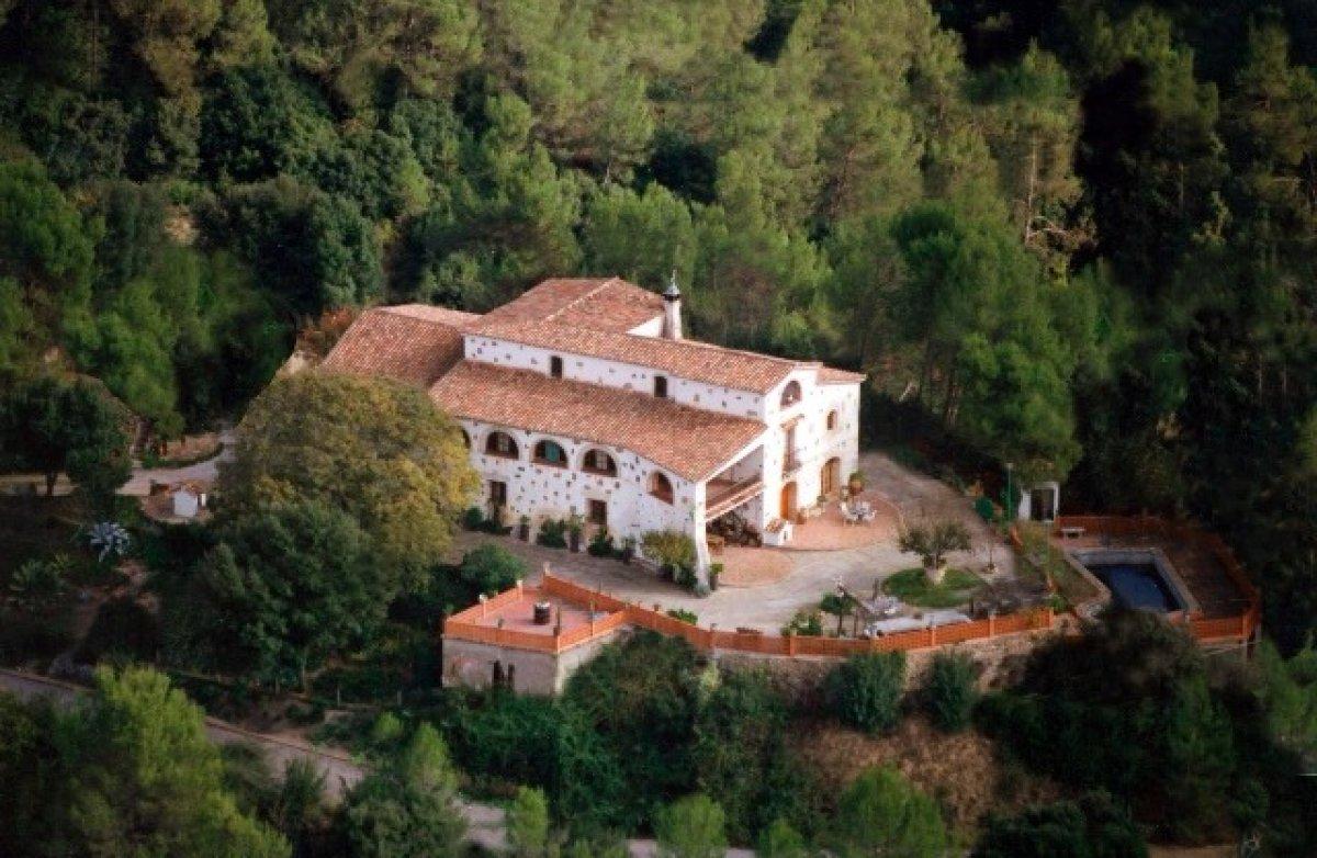 casa en molins-de-rei · avenida-collserola 1900000€