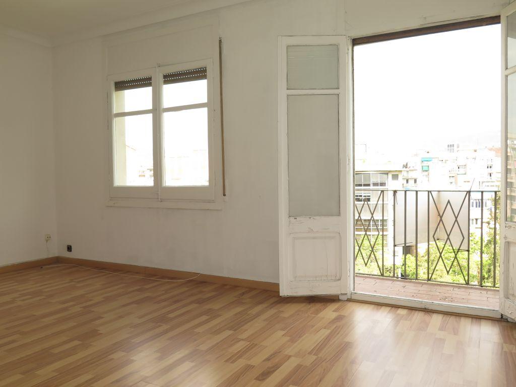 piso en barcelona · la-nova-esquerra-de-l´eixample 925€