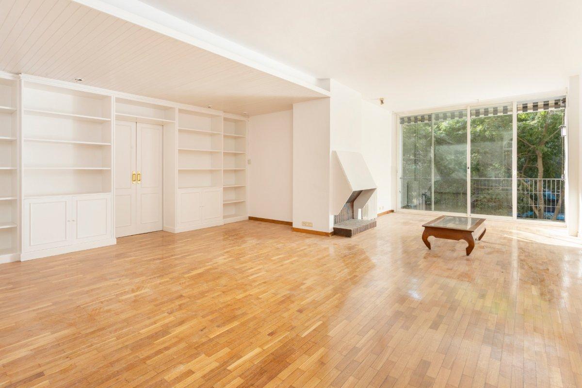 Flat for rent in La Nova Esquerra de l´Eixample, Barcelona